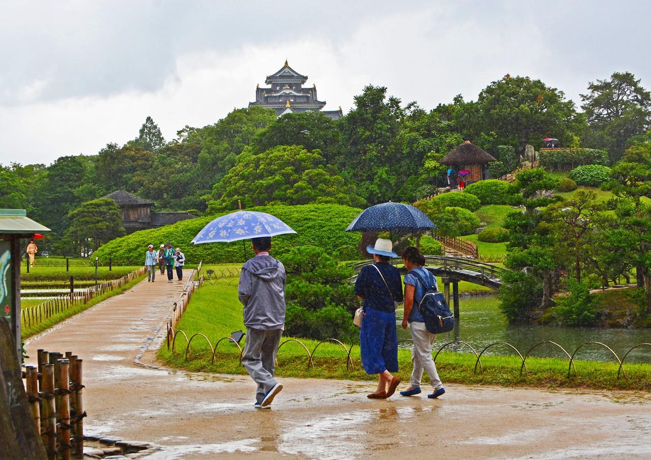 20180612 後楽園今日の園内通り雨の様子福田茶屋からの撮影風景 (1)