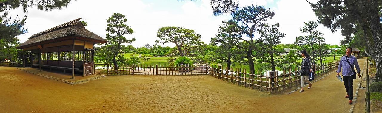20180613 後楽園今日の観光定番位置の松林側から眺めた園内ワイド風景 (1)