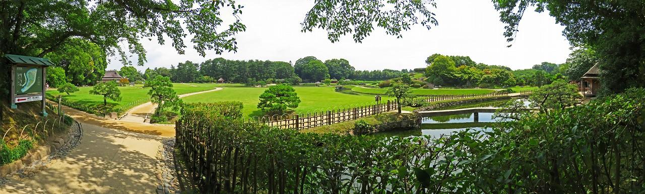 20180627 後楽園今日の南門を入って直ぐの場所から眺めた園内ワイド風景 (1)
