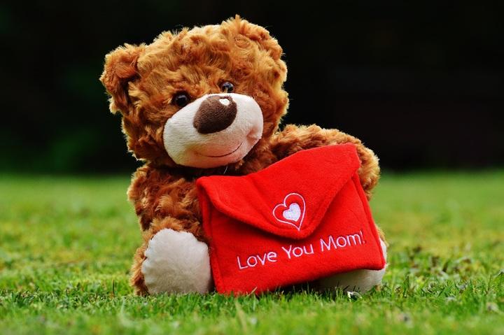 play-bear-love-heart-child-toy-1042482-pxhere-com.jpg
