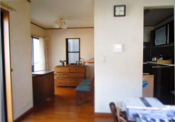 ニトリの食器棚140㎝キッチンボード買取り (4)
