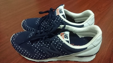 New Balance sneakers (1)