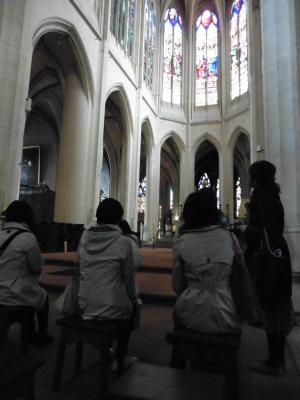 1教会の中