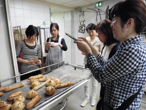 3パン焼き上がり