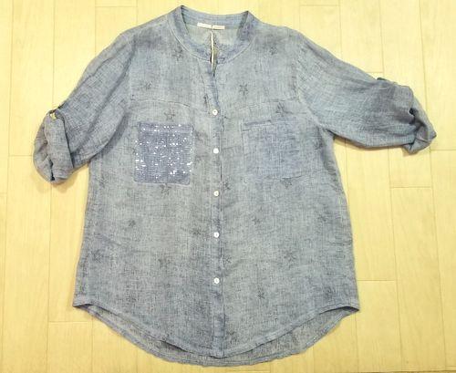 ブルーリネン刺繍入りシャツ2
