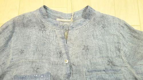 ブルーリネン刺繍入りシャツ3
