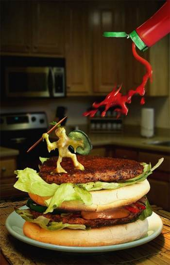 ハンバーガー:ケチャップ竜とピクルス戦士