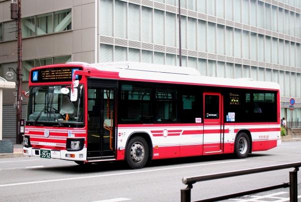 京都200か3552 N668