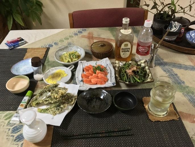 n2018-5-11ますルイベ・わらび・タラノメとウドの葉の天ぷら・ウドの酢味噌和え