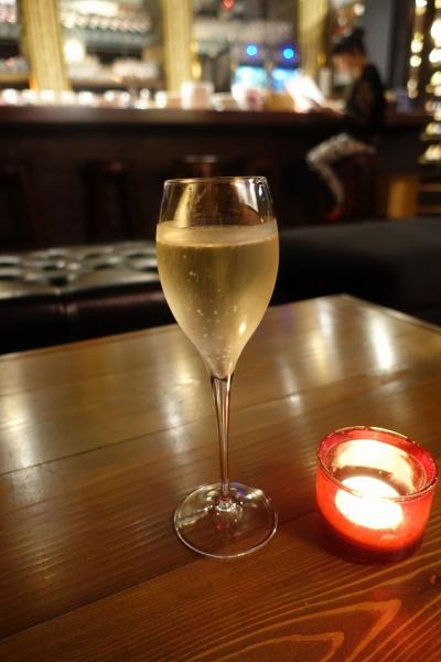 クアトロ ワイン バー 005