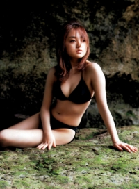 adati-yumi004.jpg
