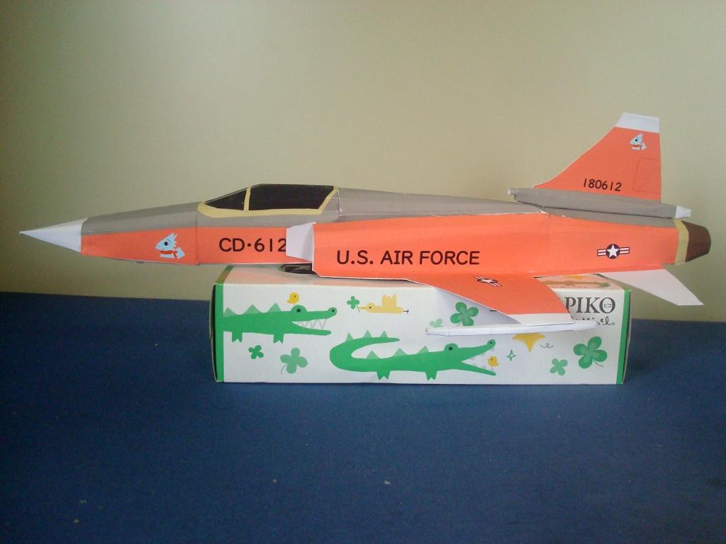 F-20_side.jpg