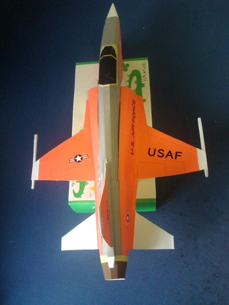 F-20_top.jpg