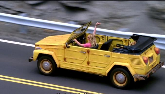ルーシーと車
