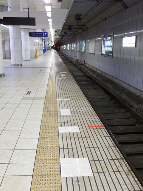 haneda_platformdoor_180409.jpg
