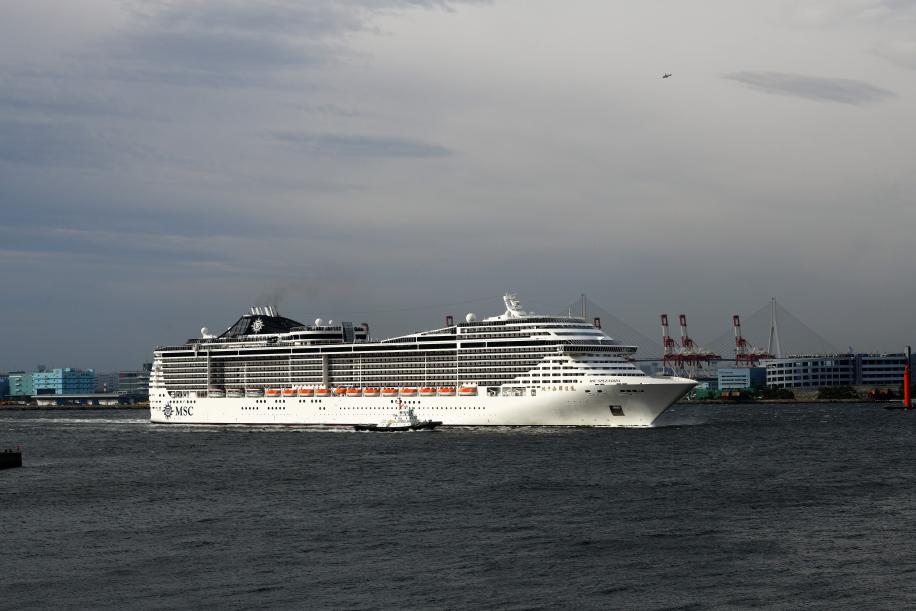 MSC スプレンディダ 横浜港口へ