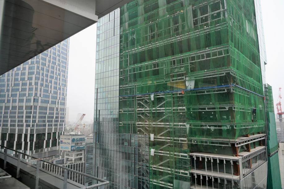 建設中の超高層ビル 2棟