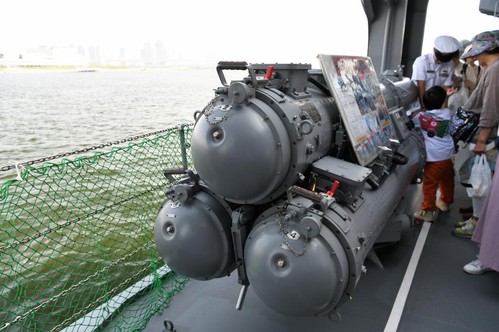 短魚雷発射管