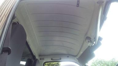 運転室屋根の防音化 (2)