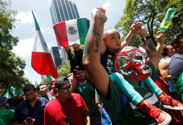【狂喜乱舞で地震?】メキシコFWロサーノがゴールした瞬間、メキシコ市で「人為的な地震」を観測