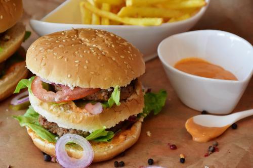 burger-2762431_1920_convert_20180422000931.jpg