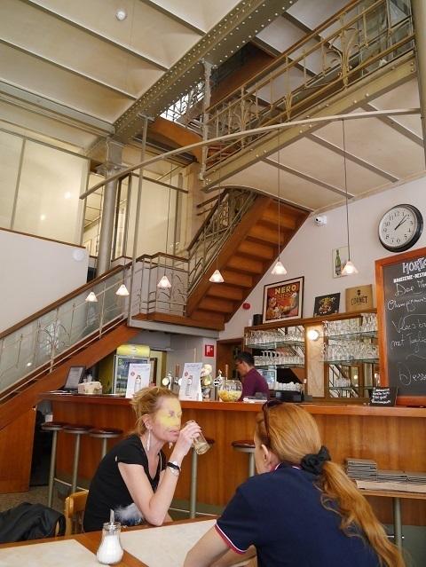 ベルギー漫画センターカフェ