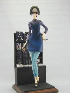 マグロ女01