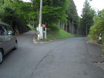 左の道から来た180519