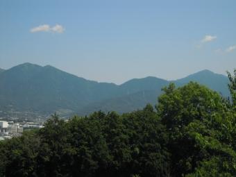 大山方面山々180625
