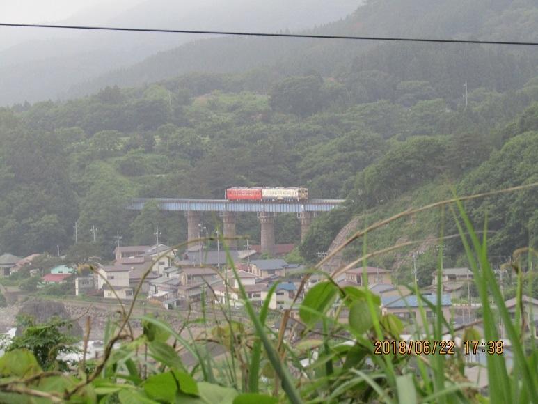 小入川の普通列車