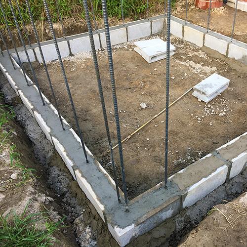 一人で作るブロック小屋① ~小屋の基礎をつくる~⑯