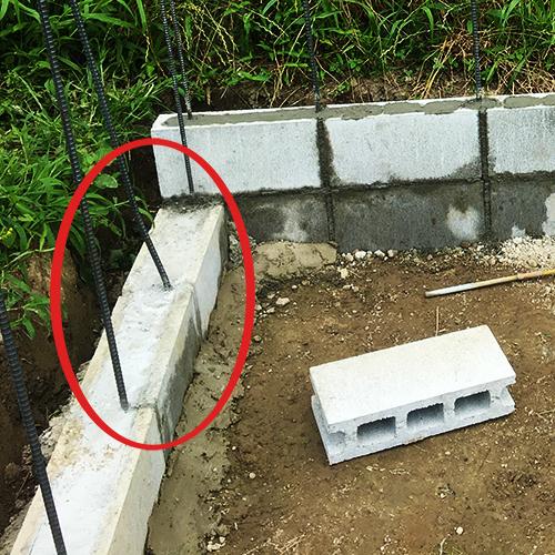 一人で作るブロック小屋② ~鉄筋位置の修正~③