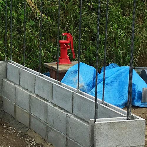 一人で作るブロック小屋② ~鉄筋位置の補正~⑬