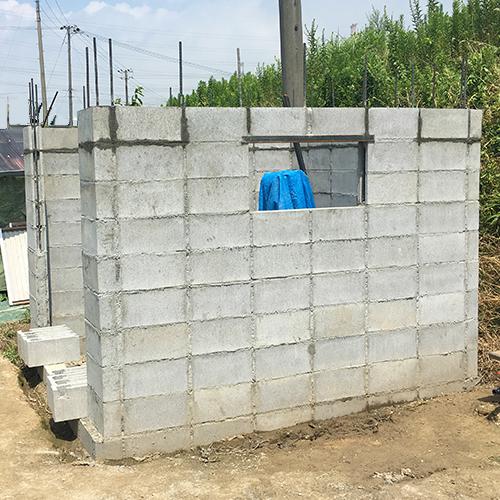 一人で作るブロック小屋③ ~窓の部分をどうするか~⑮