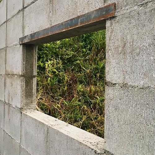 一人で作るブロック小屋④ ~ブロック積み完了~①