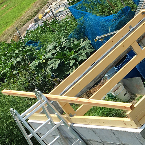一人で作るブロック小屋⑤ ~屋根の骨組み~⑨