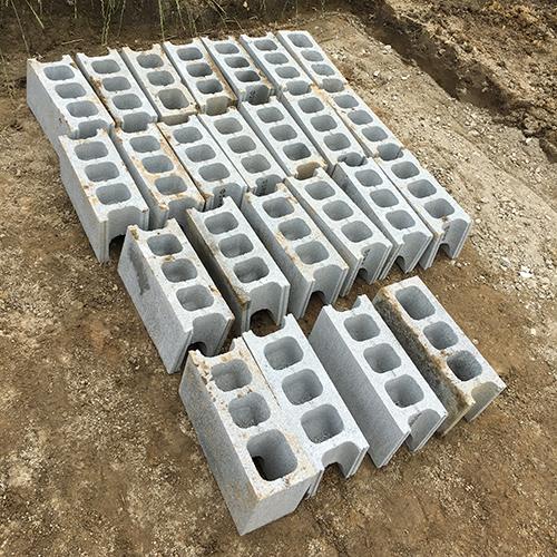 一人で作るブロック小屋① ~小屋の基礎をつくる~⑨