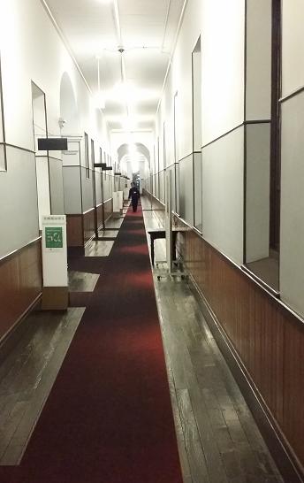 洋館 廊下ゾンビ