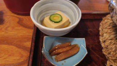 亀辛玉子豆腐と亀戸大根たまり漬け