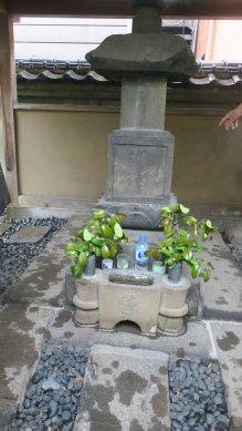 平賀源内墓