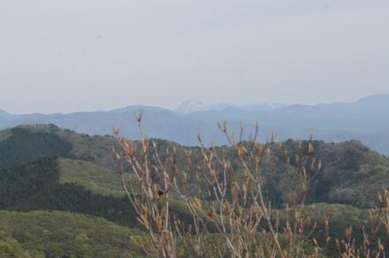 鳴神山頂上からの展望2