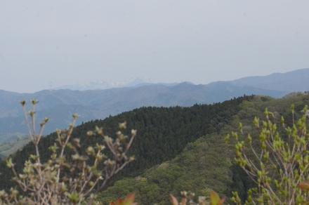 鳴神山頂上からの展望3