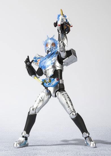 フィギュアーツ 仮面ライダークローズチャージFIGURE-037583_05