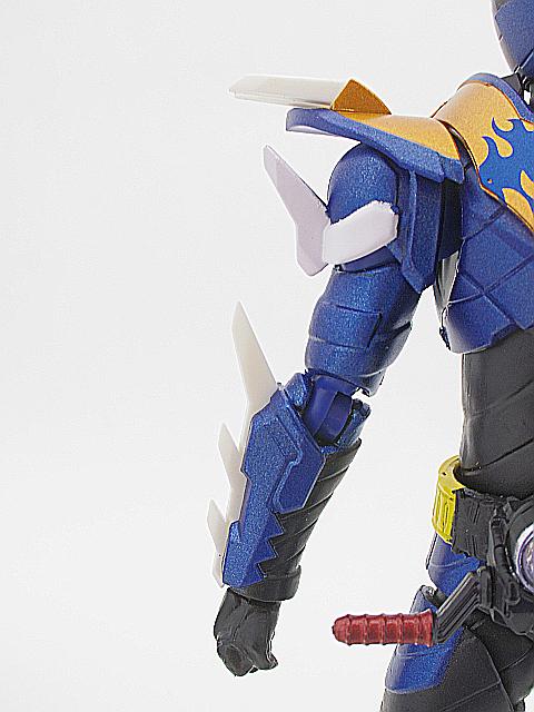 SHF 仮面ライダークローズ19