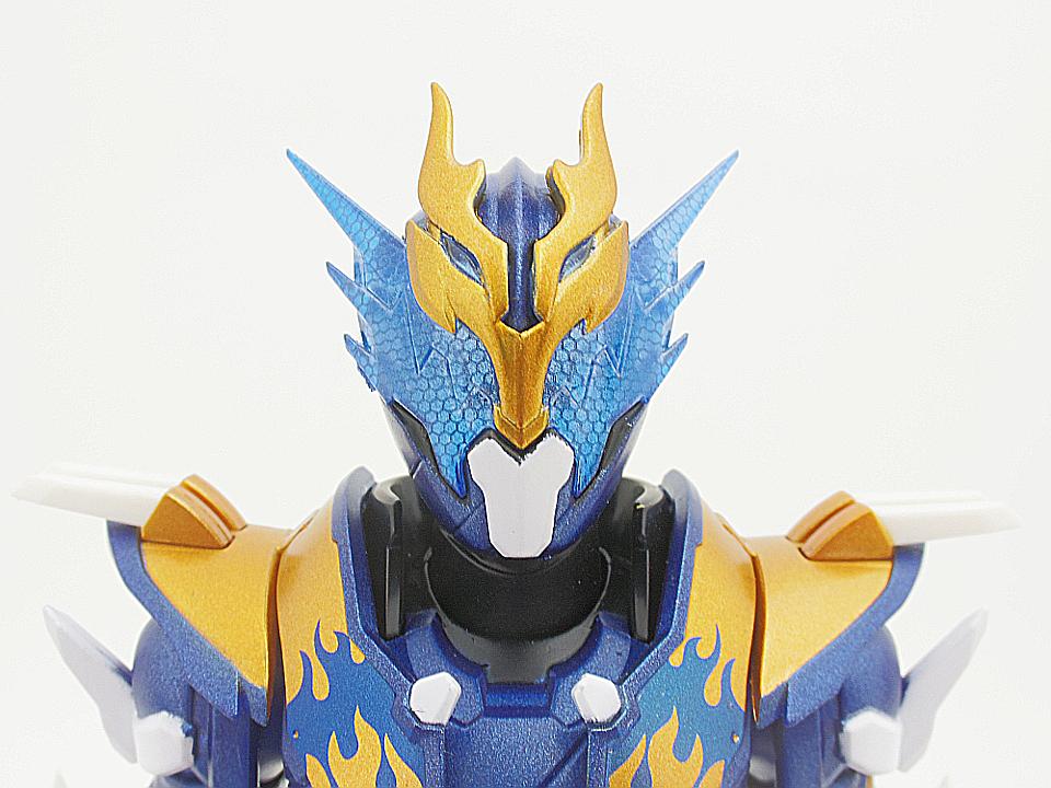 SHF 仮面ライダークローズ7