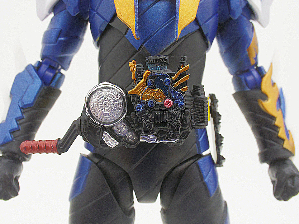SHF 仮面ライダークローズ11