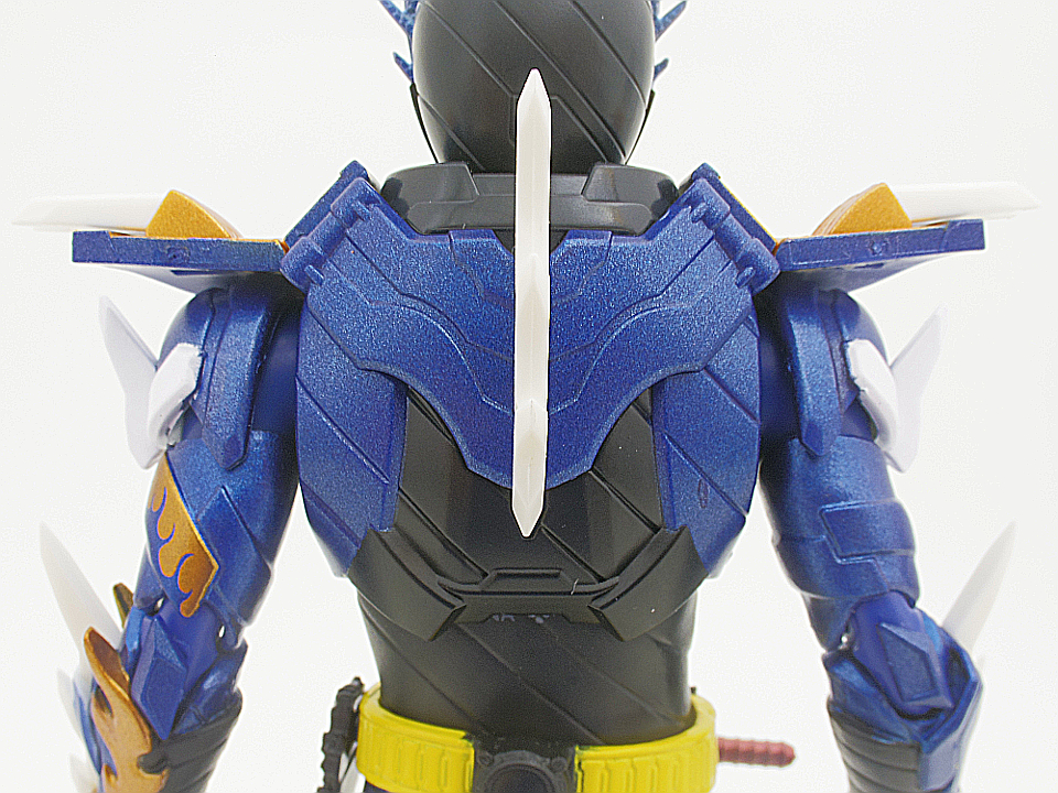 SHF 仮面ライダークローズ16