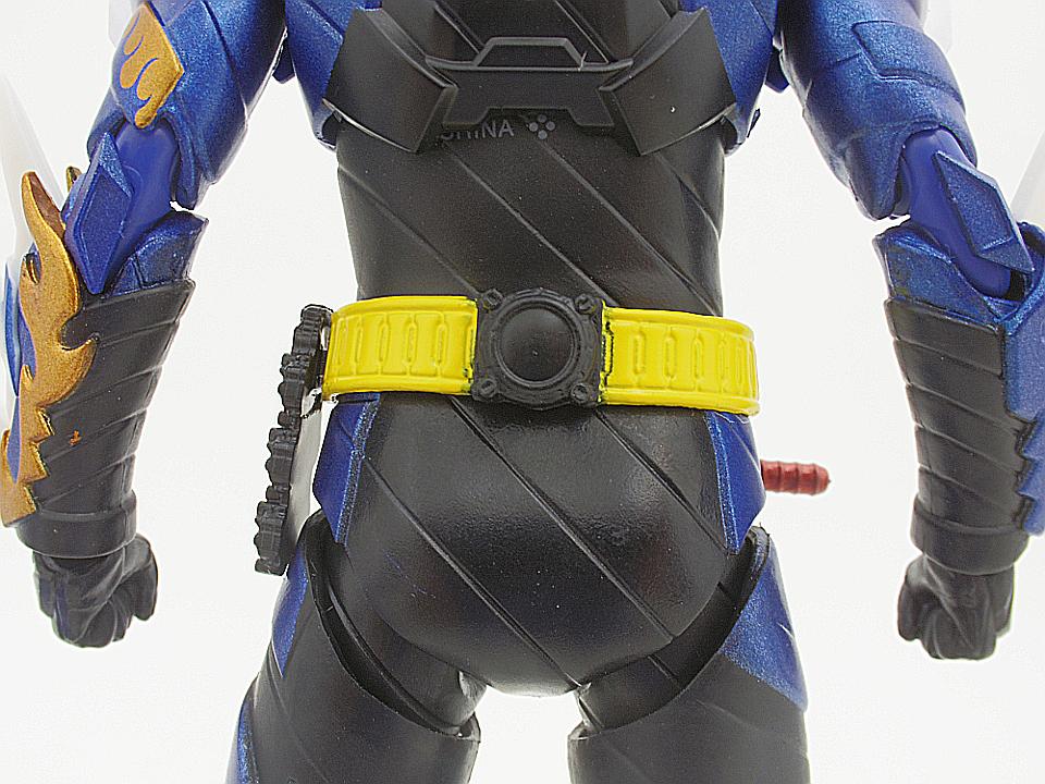 SHF 仮面ライダークローズ17