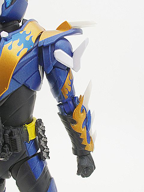 SHF 仮面ライダークローズ22