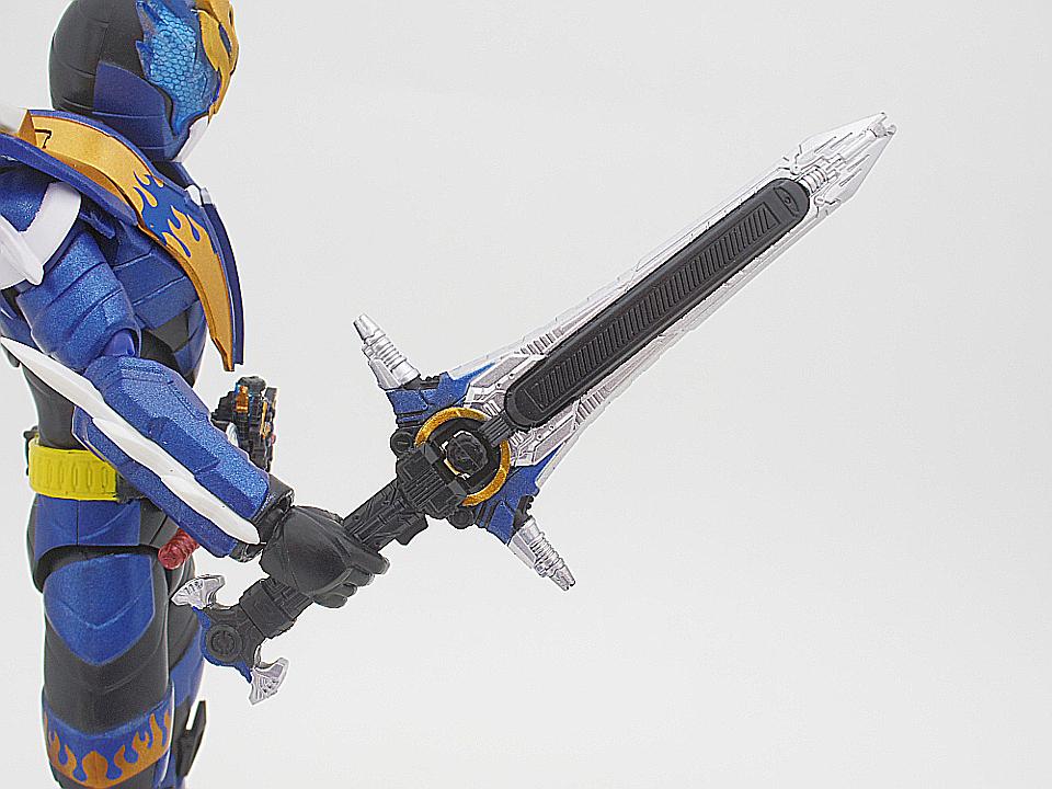 SHF 仮面ライダークローズ30